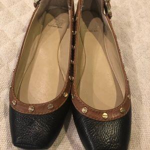 Gianni Bini ladies 7 m flat black with brown trim